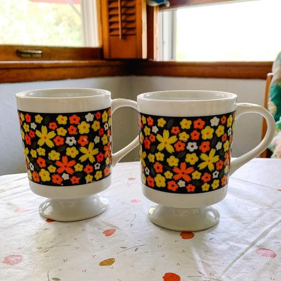 Vintage Pair of Floral Mugs